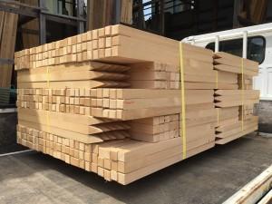 栃木県小山市木材店材木測量杭販売