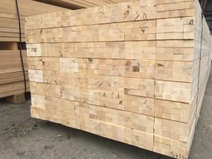 小山市の材木店赤松