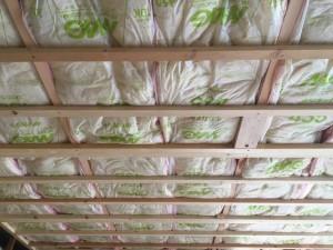 天井断熱材のグラスウール