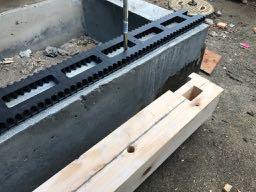 床下の換気を考慮して土台パッキン工法で施工