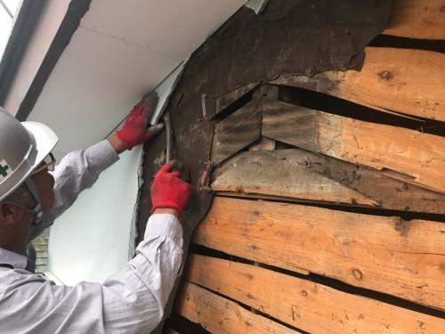 既存の外壁材の解体工事