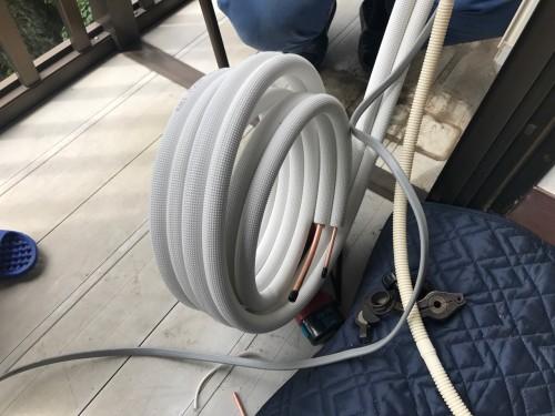 配管は新しい配管に取替えます。