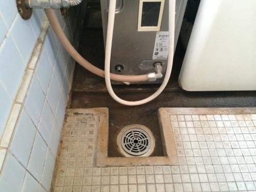 既存の排水口の写真です。