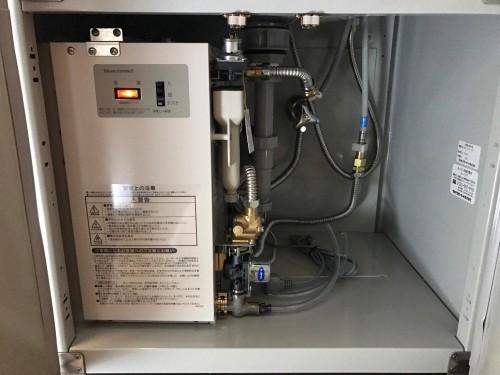 小型電気温水器の取り付け例