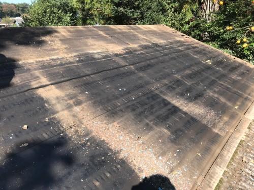 既存屋根材の取り外し