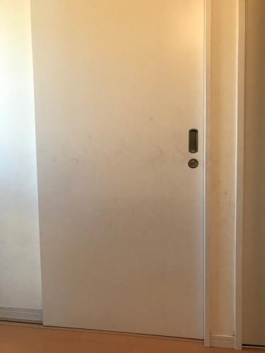 トイレの片引戸