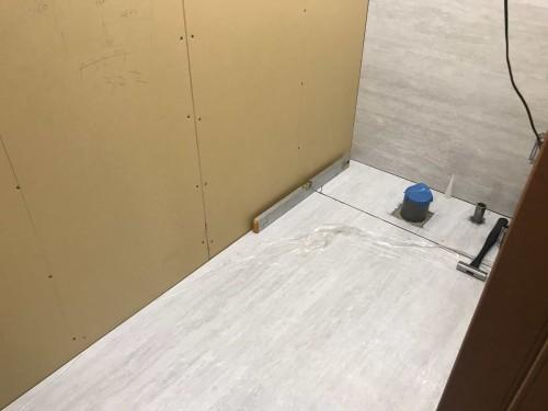 タカラスタンダード製トイレ「ティモニ」の組立工事